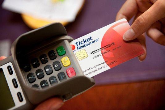 Un moyen de paiement numérique qui remplace les tickets restaurant papier.